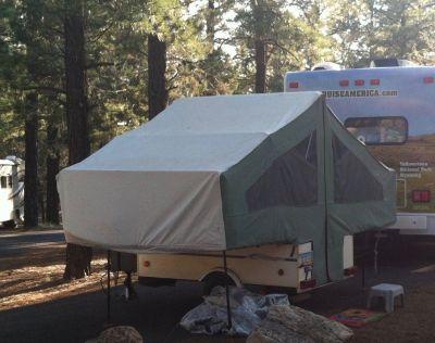 Light weight tent trailer, pop-up camper: full size Kwik Kamp