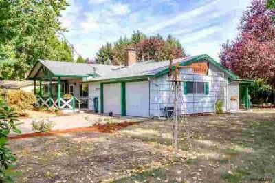 2515 NE Seavy Cl Corvallis Three BR, Impeccably kept home in a