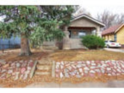OPEN HOUSE - SATURDAY 12/1 from 11-2 & SUNDAY 12/2 from 12-3