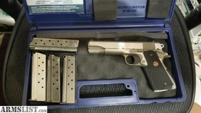 For Sale: Colt Delta Elite 10mm with 4 total factory magazines. 2009 birthdate near pristine