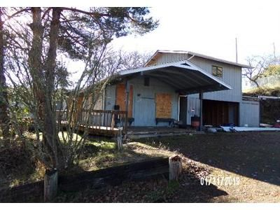 3 Bed 2 Bath Foreclosure Property in Roseburg, OR 97470 - NE Central St