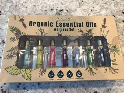 FINAL PRICE! 7 ORGANIC ESSENTIAL OILS - BRAND NEW IN SEALED BOX! $29