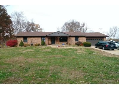 3 Bed 1.0 Bath Preforeclosure Property in Union, MO 63084 - Woods Ln