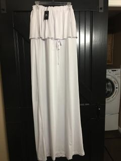 New with tags size Large strapless maxi dress. Perfect for the beach or summer cruise.