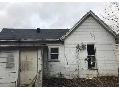 2 Bed 1 Bath Foreclosure Property in Frankfort, KY 40601 - Grand Ave