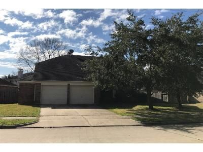 4 Bed 2 Bath Preforeclosure Property in Richmond, TX 77406 - Eastland Lake Dr