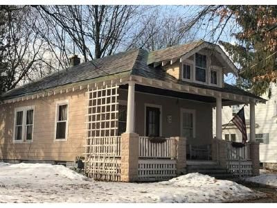2 Bed 1 Bath Foreclosure Property in Glens Falls, NY 12801 - 4th St