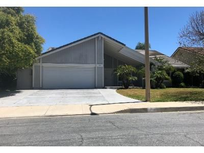 3 Bed 2.5 Bath Preforeclosure Property in Thousand Oaks, CA 91362 - Sawtooth Ct
