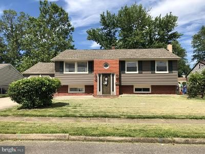 3 Bed 2 Bath Foreclosure Property in Bellmawr, NJ 08031 - Booth Dr