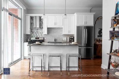 Apartment Rental - 1241 W Jackson Blvd