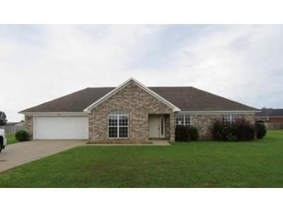 3 Bed 2 Bath Foreclosure Property in Lonoke, AR 72086 - Fish Hatchery Rd