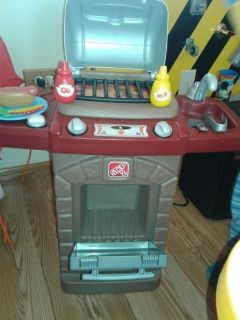 Step 2 barbeque grill and hot dog set