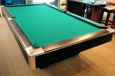 Gandy Regulation SIZE pool table Pick up only
