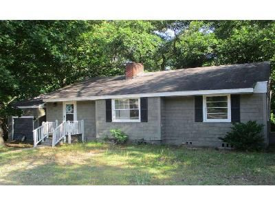3 Bed 1 Bath Foreclosure Property in Columbia, SC 29209 - Fort Jackson Blvd
