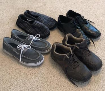 Lot of Boys size 6 Sperry & Sonoma shoes & slippers