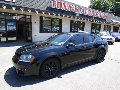 2014 Dodge Avenger SE (Black Clearcoat)