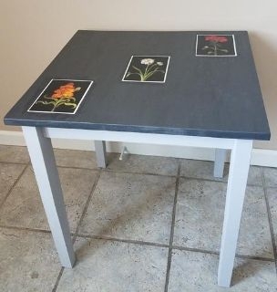 Accent table Charcoal and light grays