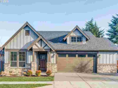 6529 SE Ketchum St Milwaukie Three BR, Stunning rare single level