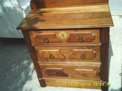 DRESSER 3 DRAWERS VINTAGE FROM OUR CABIN AT MOOSE LAKE WISCONSIN