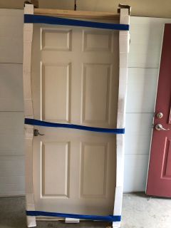 6 panel interior door. Has hardware and trim. Only 1 available