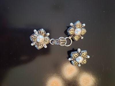 Pearl Flower Earrings and Pendant Set