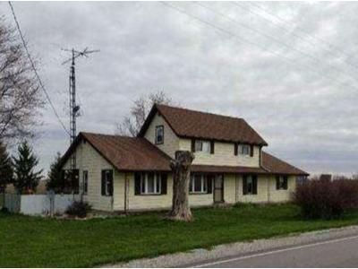 5 Bed 2 Bath Foreclosure Property in Delphi, IN 46923 - State Road 18