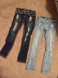 Request Jeans size 26 (2/3 in US measurements)
