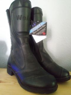 NWT women's size 7 riding boots