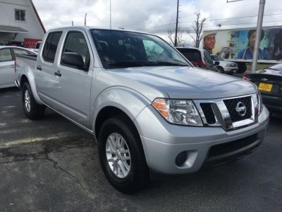 2017 Nissan Frontier SV (Silver Or Aluminum)