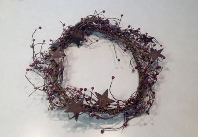 BURGUNDY COUNTRY WREATH WITH METAL STARS