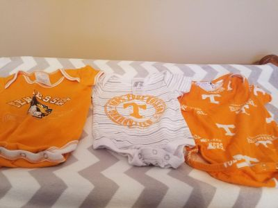 UT onesies size 3 to 6 months. Great condition.