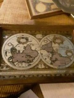 vintage mirror accvrat map of the world