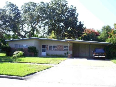 3 BR / 2 BA Home In Winter Park
