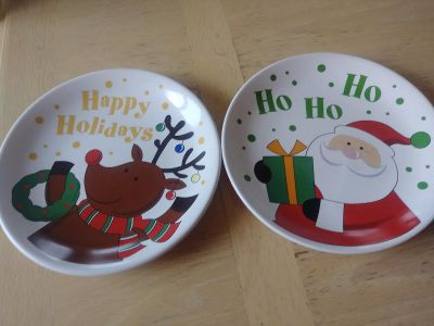 Santa's cookie dishes. Both 2$