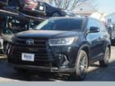 $35995.00 2017 Toyota Highlander with 12813 miles!
