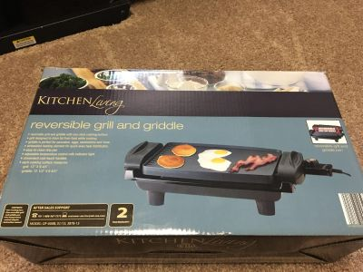 Reversible grill and griddle