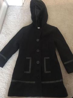 Black dress coat with leather trim and fur hood size 4t