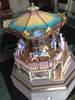 Enesco Carousel Royale Deluxe Action-Illuminated-Music Merry Go Round