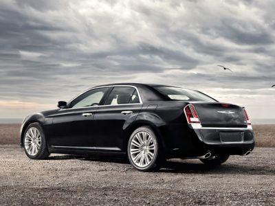 2012 Chrysler 300 S V6 (Tungsten Metallic Clearcoat)