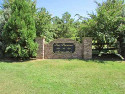 Bubba Court Milledgeville, Great building lot for a single