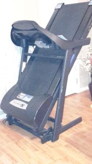 X TERRA TR3.0 Treadmill, with Incline, Soft Sole & Easy Lift for Storage, Fan, Cup Holder, great condition.