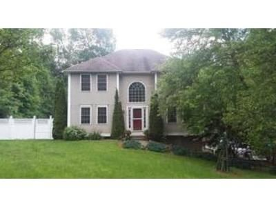 3 Bed 2 Bath Foreclosure Property in Litchfield, CT 06759 - Ethan Allen Rd