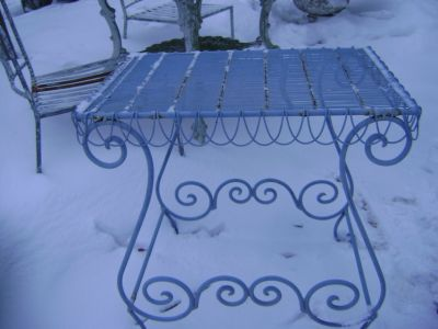 shabby chic blue wire table