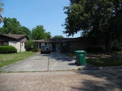3 Bed 2 Bath Foreclosure Property in Orange, TX 77632 - Wildwood Ave