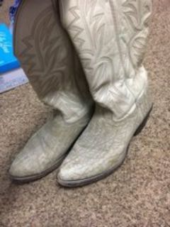 nocona boots size 10