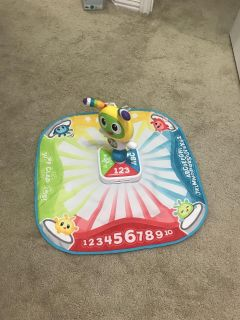 Count and dance play mat