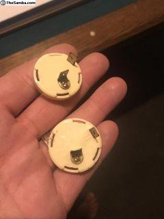 Nos wrap around single filament bulb contacts