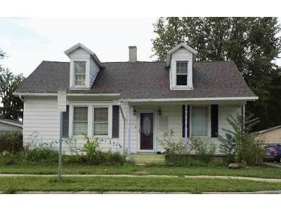 3 Bed 2 Bath Foreclosure Property in Waterloo, IN 46793 - W Union St