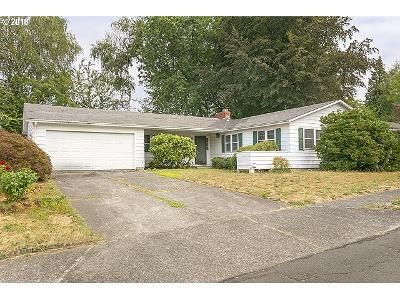 3 Bed 2 Bath Foreclosure Property in Gresham, OR 97080 - SE 12th St