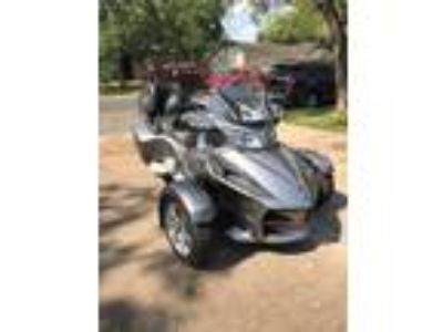 2012 Can-Am Spyder RT Great Toy